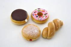 Doughnuts Set of Four Food for American Girl Dolls by pippaloo