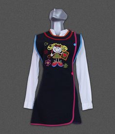 Kids Vest, Apron Designs, Little Girl Outfits, Teacher Outfits, Scrub Tops, Fabric Patterns, Wetsuit, Swimwear, Clothes