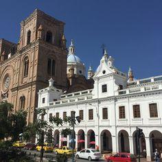 Catedral en Cuenca, Ecuador