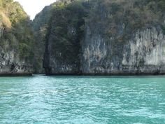 Somewhere enroute to Phi Phi islands