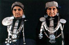 Mapuche women wearing their beautiful jewelry.