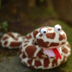 Squeaky Snakes pattern by Abby Glassenberg