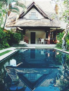 Villa at Mutiara Resort Villas & Spa, Seminyak, Bali | http://wander-full.com/2014/06/02/halo-bali/