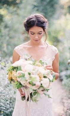 18 most romantic updos rylee hitchner's photo Romantic Bridal Updos, Romantic Wedding Hairstyles, Romantic Weddings, Rustic Wedding Gowns, Wedding Dresses, Woodland Wedding, Loose Updo, Soft Updo, Soft Hair