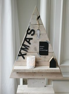 Please spell out Christmas. Driftwood Christmas Tree, Pallet Christmas, Christmas Bells, Xmas Tree, Christmas Holidays, Christmas Thoughts, Merry Christmas, Diy Arts And Crafts, Christmas Crafts