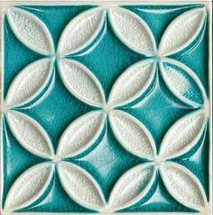Bristol Studios - Nouveau - G2353 Fleur Crackle Relief Deco - 8X8 Hand Crafted Decorative Tile