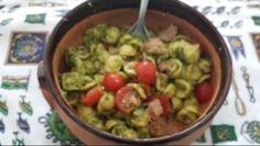 Orecchiette. Con pomodorini..al pesto di ..zucchine...ideata dal...sottoscritto