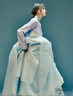 korean hanbok in lilac and tiffany blue Korean Traditional Clothes, Traditional Fashion, Traditional Dresses, Korean Dress, Korean Outfits, Modern Hanbok, Korean Wedding, Cute Korean, Hanfu
