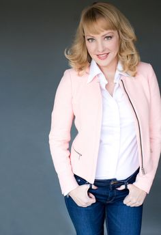 I loved shooting the hilarious Wendi McLendon-Covey for her publicity head shots.
