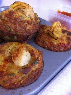 My brother makes the BEST savoury muffins! They are packed with sun-dried tomatoes and spinach and cheese and other yummy surprises. Unfortunately, they are supersized and full of wheat and dairy,. Thermomix Recipes Healthy, Primal Recipes, Whole Food Recipes, Snack Recipes, Cooking Recipes, Vegan Savoury Muffins, Lchf, Sugar Free Eating, Childrens Meals
