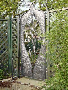 Handmade Gates | Ornamental gates | Artistic Garden Gate |