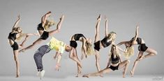 Dance Picture Poses, Dance Photo Shoot, Dance Poses, Dance Pictures, Dance Dreams, Group Dance, Dance Like No One Is Watching, Contemporary Dance, Modern Dance