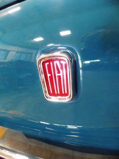 Detailing & Polishing a Fiat 500 Honda Logo, Volkswagen Logo, Fiat 500, Vintage Cars, Classic Cars, Logos, Vintage Classic Cars, Logo, Classic Trucks