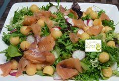 Los Postres de Elena: Ensalada de salmón y melón. http://www.lospostresdeelena.com/2014/09/ensalada-de-salmon-y-melon.html