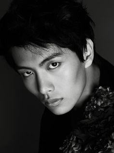Lee Min Ki secretly enlisted in the army!It's been revealed that actor and model Lee Min Ki enlisted in the army on August 7th in secrecy.  His agency recently informed media outlets and fans of his enlistment, stating that Lee Min Ki preferred to keep it a secret and not have a big fan send off. He enlisted following the completion of the film Shoot My Heart, also starring Yeo Jin Goo. After the usual 4 weeks of basic training, Lee Min Ki will be working in the public service sector.