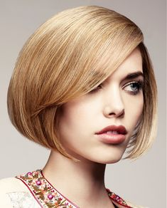 Large image of medium blonde straight hairstyles provided by John Carne