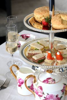 The tradition of Afternoon Tea dates back to the 17th century where tea was consumed by the British.   Staying true to our British heritage, Benguela Cove now offers an elegant Afternoon Tea at our English-style Tea Terrace.  Enjoy expansive views of the magnificent Kogelberg Biosphere and Bot River Lagoon while indulging in your Afternoon Tea which includes; tea demonstrations, cake, coffee, pastries and the British favourite, cream teas. Cream Tea, English Style, 17th Century, Teas, Afternoon Tea, Pastries, Delicious Food, Terrace, Tea Cups