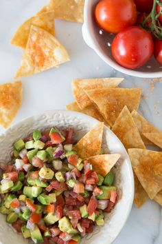 Delicious recipe for guacamole salsa!