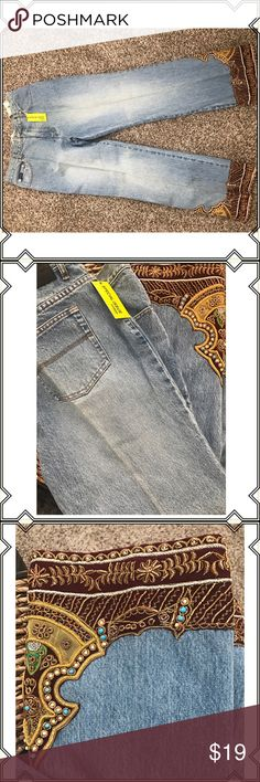 Vintage express denim ❤️the detail 13 These gorgeous embroidered denim Jean are brand new with tags and have been sitting in a closet for years my mom decided to let go of them they are a size 13 and they are straight denim no stretch. Mid waste high.  Original denim color gold and burgundy boho  embroidery along the bottom hem. Express Pants Straight Leg
