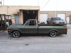 1971 Chevy C10 for sale (FL) - $27,000 '71 Chevy C-10 Pick Up All Original ; Numbers Matching 23,000 Miles. 2 Doors. RWD. Clean title. Metallic Green exterior paint. Black / White ; Cloth & Vinyl