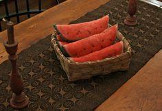 watermelon on a runner Bowl Fillers, Summer Crafts, Primitives, Folk Art, Watermelon, Make It Yourself, Fruit, Pillows, Flowers