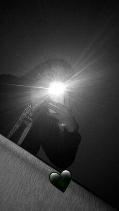 Latest News: Corporate Entertainment Craigslist 2019 12 fotos frente al espejo Tumblr Photography, Girl Photography Poses, Profile Pictures Instagram, Shadow Pictures, Snapchat Picture, Creative Instagram Stories, Girly Pictures, Jolie Photo, Foto Pose