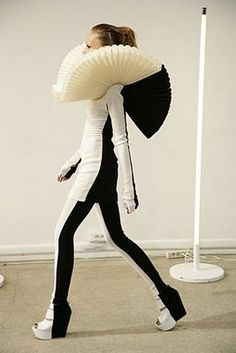 Gareth Pugh, Hahahahaha (but actually, I like it, without the collar. ;) )!