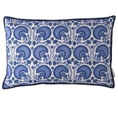 Kissen aus Baumwolle mit Inlet (Daunen)  Hand block-printed  Größe: 40x60 cm  Farbe: India Blue (blau)  Material: 100% Baumwolle  Pflegehinweis: 30 Grad Maschinenwäsche