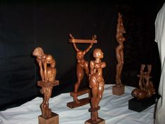 wood sculptures by Daniel Fidanza
