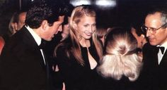 Carolyn Bessette Kennedy - She could outshine even the Kennedys!