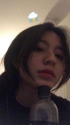 cute girl ulzzang 얼짱 hot fit pretty kawaii adorable beautiful korean japanese asian soft grunge aesthetic 女 女の子 g e o r g i a n a : 人 Mode Ulzzang, Ulzzang Korean Girl, Cute Korean Girl, Asian Girl, Ulzzang Girl Selca, Ulzzang Couple, Uzzlang Girl, Korean Aesthetic, Aesthetic Girl