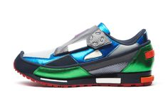 Raf Simons for Adidas Metallic Trainers Raf Simons, Nike Presents, Retro Sneakers, Adidas Sneakers, Sneaker Boots, Fall Winter 2014, Winter Collection, Beautiful Shoes, Men Shoes