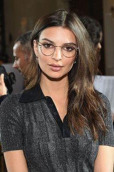 Eyewear Trends For Women 2020 Glasses For Round Faces, Girls With Glasses, Brown Hair Lady, Stylish Glasses For Women, Glasses Trends, Womens Glasses Frames, Aviator Glasses, Eye Glasses, Eyewear Trends