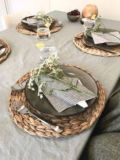 kitchen ideas – New Ideas Wedding Decorations, Table Decorations, Summer Breeze, Kitchen Decor, Kitchen Ideas, Party Time, Straw Bag, Bbq, Dining Room