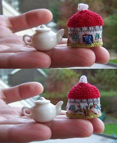 This teeny tiny Cottage Tea Cozy is one of the smallest knitting patterns for tea cozies I've ever seen.
