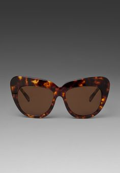 HOUSE OF HARLOW Chelsea Sunglass in Tortoise at Revolve Clothing - Free Shipping!
