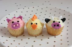 farm party cupcakes - pig, chick, cow