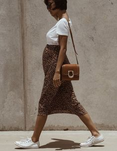 Next Post Previous Post 𝐏𝐢𝐧𝐭𝐞𝐫𝐞𝐬𝐭 𝐎𝐏𝐔𝐋𝐄𝐍𝐓𝐌𝐄𝐌𝐎𝐑𝐘 – Chic pregnancy style Cute Maternity Outfits, Stylish Maternity, Pregnancy Outfits, Maternity Wear, Maternity Styles, Maternity Photos, Pregnancy Photos, Stylish Pregnancy, Maternity Jumpsuit