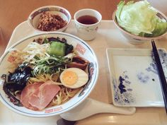 The delicious food of Japan's gourmet hospitals: Ramen, hotpot, smoked duck, andmore