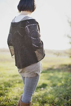 châle aiguille plein motif moderne en trou tou
