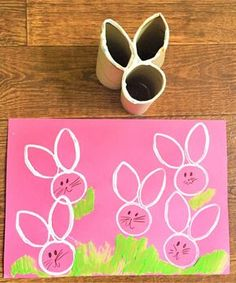 Easter Bunny Craft - Homemade Toilet Roll Stamp - NewYoungMum. Paashaas wc rollen knutselen voor Pasen