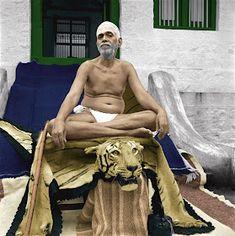 Om Namah Shivaya, English Audio Books, Advaita Vedanta, Ramana Maharshi, Movies To Watch Online, Bhakti Yoga, Great Thinkers, Great Books To Read, Spiritual Power