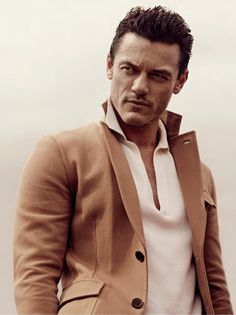 LUKE EVANS- Bard in the Hobbit, one of the three musketeers and simply gorgeous :)