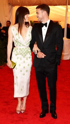 Justin Timberlake wore a 1 button shawl lapel tuxedo for his wedding!