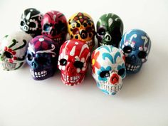 10 Large Sugar Skull Beads - ceramic, skull, skulls, peruvian, day of the dead, dia de los muertos, halloween - LG600. $12.00, via Etsy.