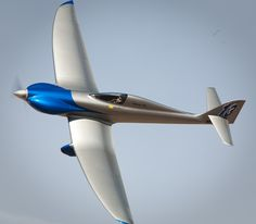 New design wows the formula one air race class at Reno