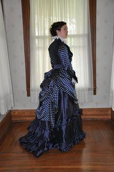 The Spotty Dress    A Fractured Fairytale via www.afracturedfairytale.com  Victorian Dresses 8d1bbcc4e