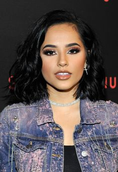 Becky G Photos - Becky G attends Spotify's Secret Genius Awards hosted by NE-YO at The Theatre at Ace Hotel on November 2018 in Los Angeles, California. - Spotify's Secret Genius Awards Hosted By NE-YO - Arrivals Celebrities With Brown Hair, Actresses With Brown Hair, Curly Hair Model, Short Curly Hair, Curly Hair Styles, Laura Prepon, Zoe Kravitz, Becky G Hair, Becky G Black Hair