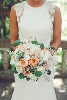Soft and romantic bridal bouquet: http://www.stylemepretty.com/2015/01/06/glamorous-austin-spring-wedding-2/ | Photography: SMS Photography - smsphotography.com