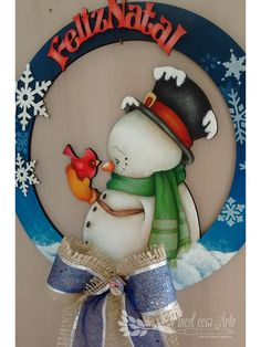 Wooden snowman door or wall hanger Country Christmas Decorations, Christmas Signs Wood, Snowman Decorations, Christmas Pictures, Christmas Art, Christmas Wreaths, Christmas Ornaments, Pintura Country, Advent
